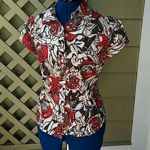 BCBGirls Tops - BOGO🆓 BCBGirls Rose print blouse
