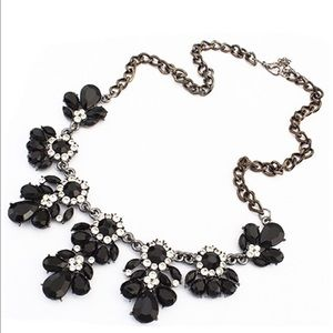 Jewelry - Super Chic Black & Crystal Statement Necklace