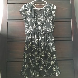 Dresses & Skirts - Sweet ruffle bow print dress