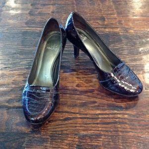 Brown Snakeskin Pattern Heels