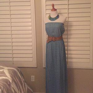 Gap Dresses & Skirts - Long Sleeveless Maxi Dress