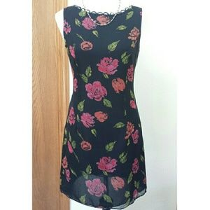 Rebecca Taylor Dresses & Skirts - Rebecca Taylor Silk Shift dress, black with roses