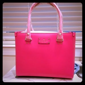 Bright Pink Kate Spade - Wellesley Quinn handbag