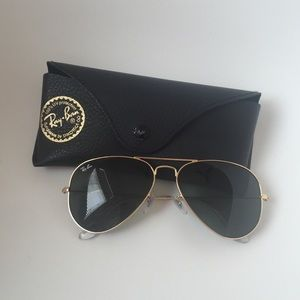 Authentic RayBan Aviators. Classic gold frame