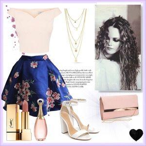 Hollister Dresses & Skirts - Hollister Floral Skirt