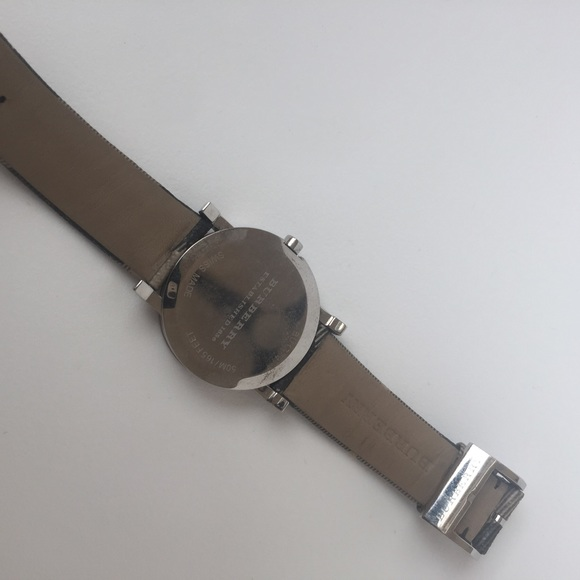 Burberry Accessories - Classic Burberry Women's leather watch