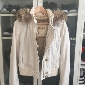 Hollister faux fur jacket in S