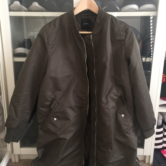 Forever 21 Jackets & Coats - Forever21 Longline army green bomber jacket