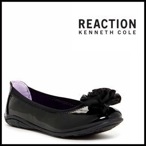 Kenneth Cole Other - ❗️1-HOUR SALE❗️KENNETH COLE Ballet Flats Patent