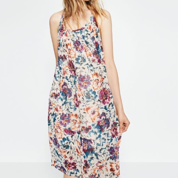 d5ac8abe18 ZARA Long Printed Dress NWT