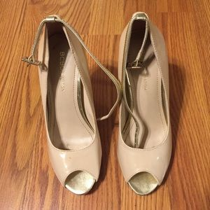 Nude and gold BCBGeneration heels