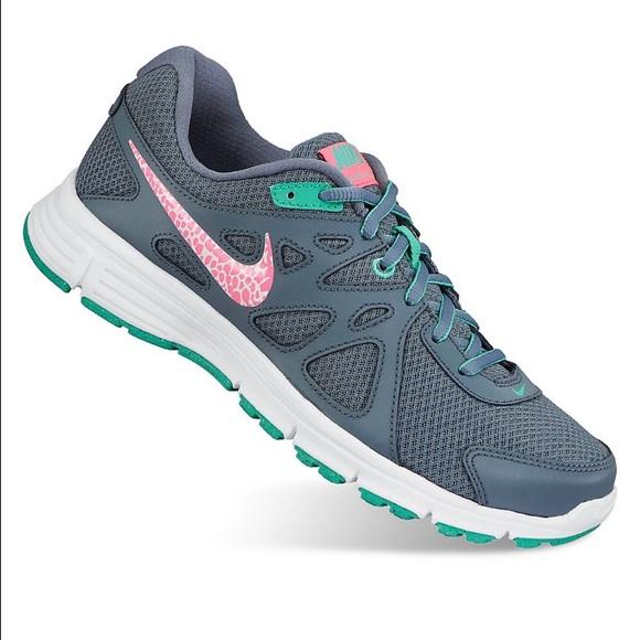 68fdd0e79553 Women s Nike Revolution 2 Wide Width