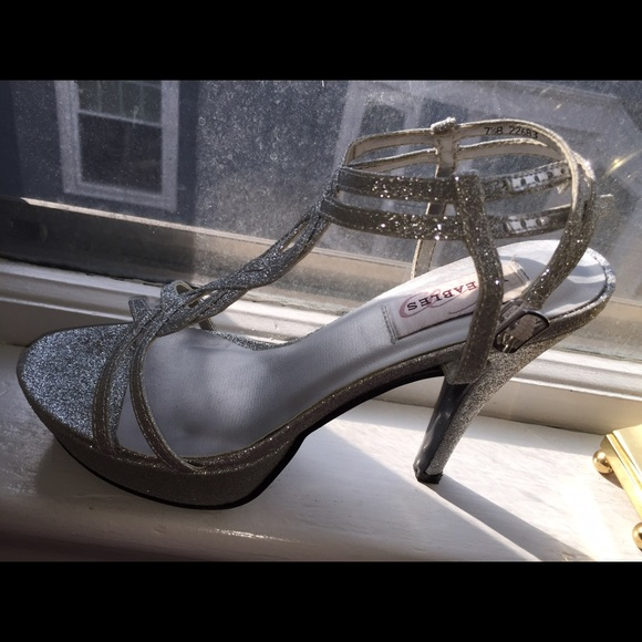 c6c929ab4ef Silver Sparkly Dyeable Heels
