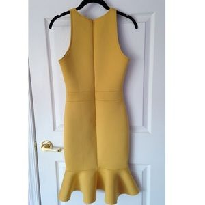 Scuba Mustard yellow Dress size S
