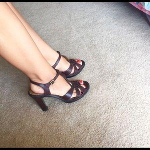 """Tahari 4"""" heels"""
