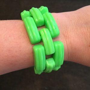 Jewelry - Vintage green link plastic bracelet