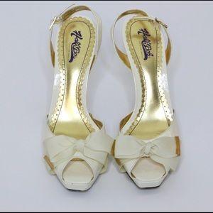 Hale Bob Shoes - Hale Bob Slingback Bow Heels