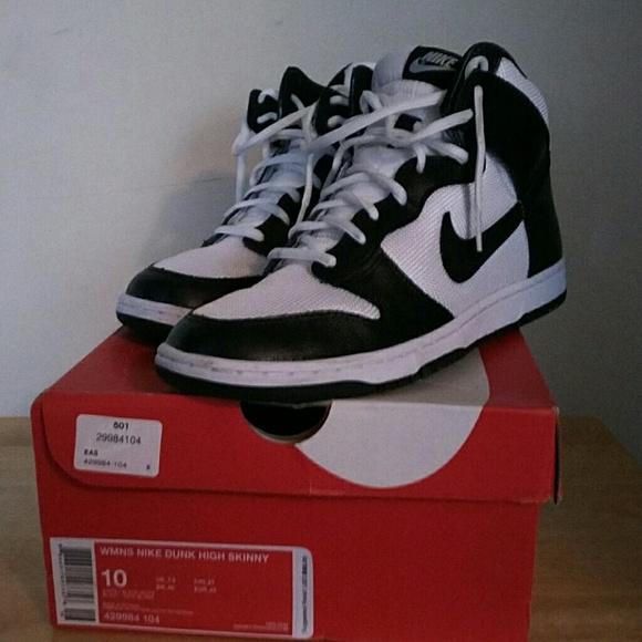 Nike Shoes - Women s Nike Dunk High Skinny adb507f485