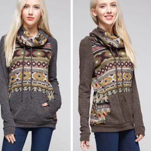 •Aztec print sweater•