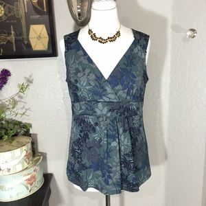 a.n.a Tops - A.N.A. Faux Wrap Sleeveless Top Size Large 🎀