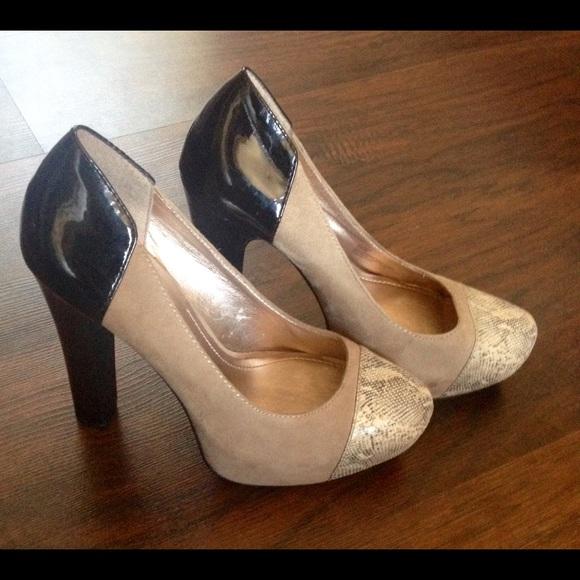 BCBG Paris Shoes