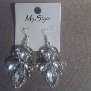 My Style  Jewelry - Faceted Crystal Gem Earrings gold tone dangle
