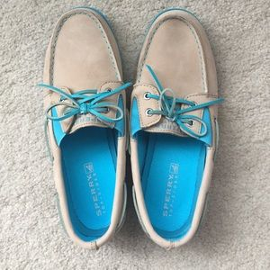 Sperry Top Sider Boat Shoes NEW size 8.5 women's