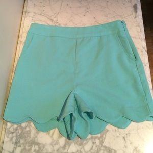 Charlotte Russe Pocketed Scallop-Hem Shorts