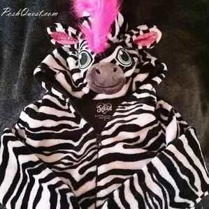 NWOT Justice crop top Zebra hoodie