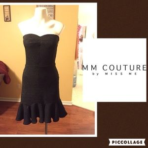 MM Couture Dresses & Skirts - Ruffle bottom strapless dress size small