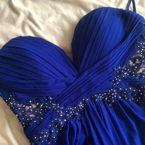 Xscape Dresses & Skirts - Blue strapless formal floor length dress