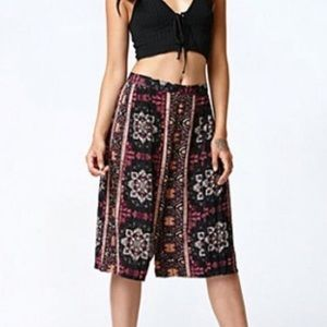 Kendall & Kylie Pants - Kendall & Kylie Shorts