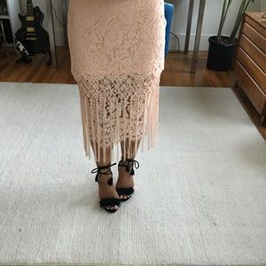 Topshop Skirts - NWT Topshop Exclusive Pink Lace Midi Fringe Skirt