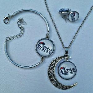 Jewelry - 🏈 PATRIOTS 🏈 Jewelry Set