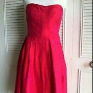 Donna Morgan Dresses & Skirts - Gorgeous Fuschia Strapless Silk Dress with Pockets