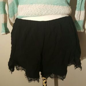 Reformation Pants - Reformation Fly Lace Shorts