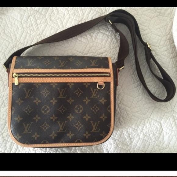 9570cdf0304d Louis Vuitton Handbags - Louis Vuitton Bosphore PM messenger bag