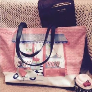 Reserved!!!! bakery tote w/ cupcake coin