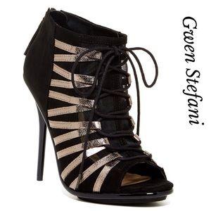 🌟Host Pick🌟Gwen Stefani Lace Heeled Bootie