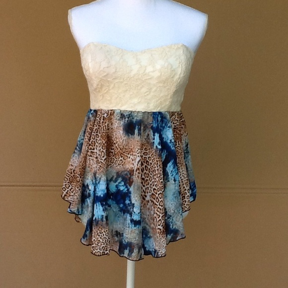ae78699bf73 Lace and animal print tube top. M 57bc75ef6a583086240108a3