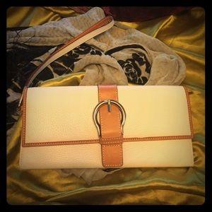 LAND'S END White Leather Wristlet