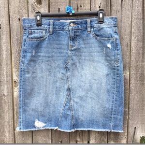 Old Navy Denim Skirt, Size 6