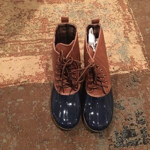 Shoes - 🎊New Sizes ADDED🎉New women NAVY rain duck boot.