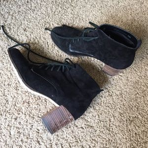 Dolce vita black suede lace up boots size 6