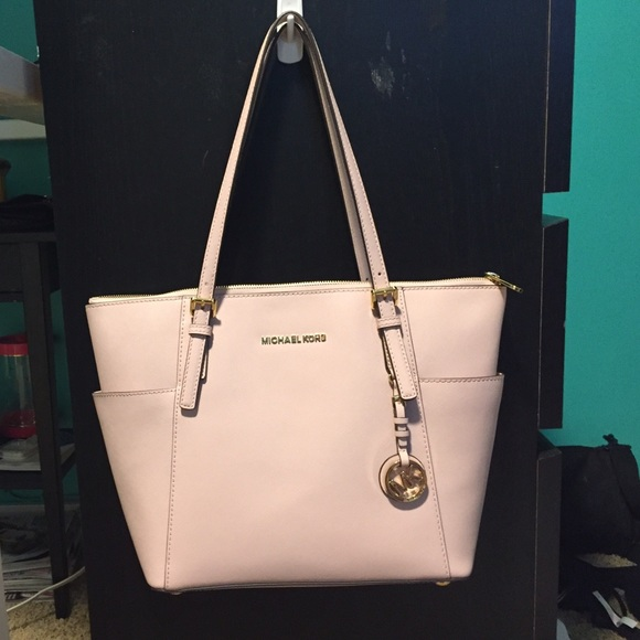 7b0f456809b2 Michael Kors Bags | Light Pink Jet Set Tote Purse | Poshmark