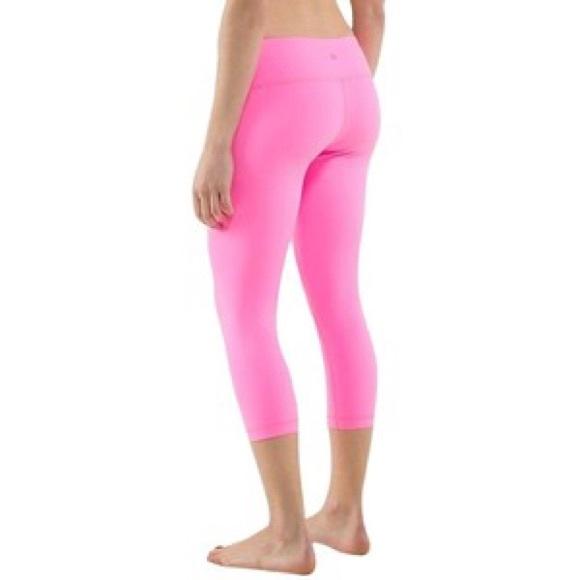 lululemon athletica - Lululemon Pink/White Striped Wunder ...