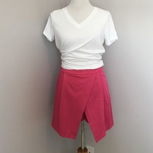 Dresses & Skirts - Adorable Skort Skirt!