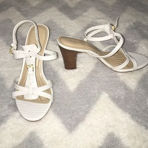 Easy Spirit Shoes - ✨white heels✨ excellent condition! LIKE NEW