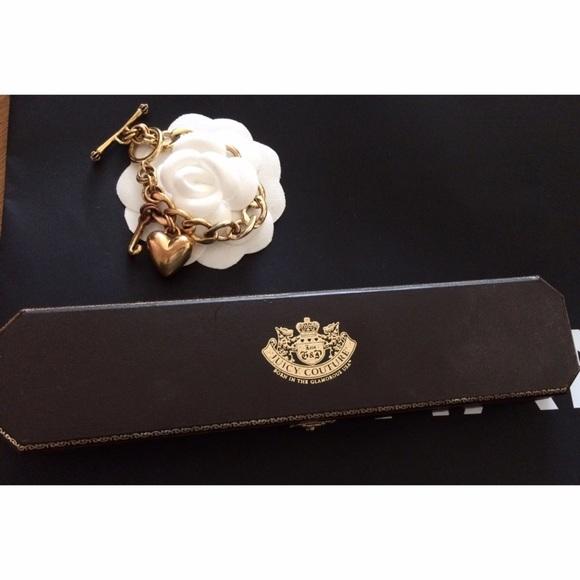 juicy couture juicy couture gold heart charm bracelet
