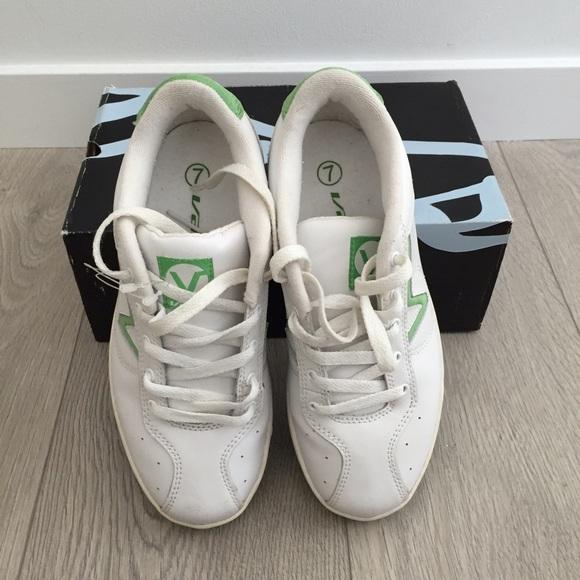 19fd316a30 Vintage VANS sneakers